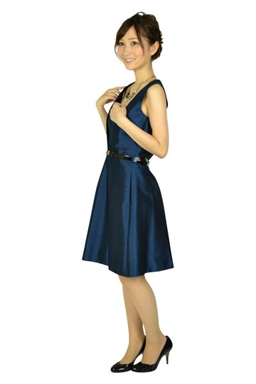 ベルト付きネイビードレス