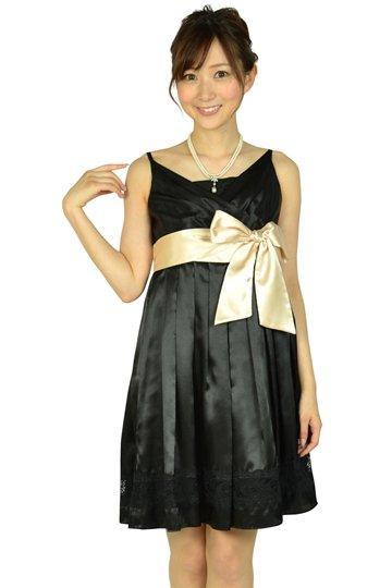 ブラック光沢ウエストリボンドレス