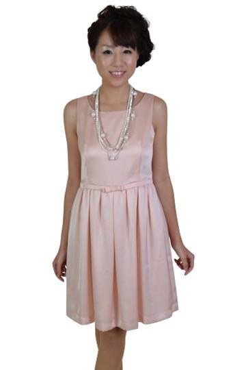 ライトピンク清楚ひざ丈ドレス