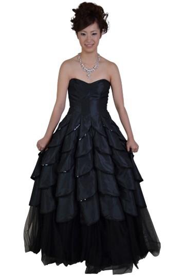 ロングボリューム黒ドレス