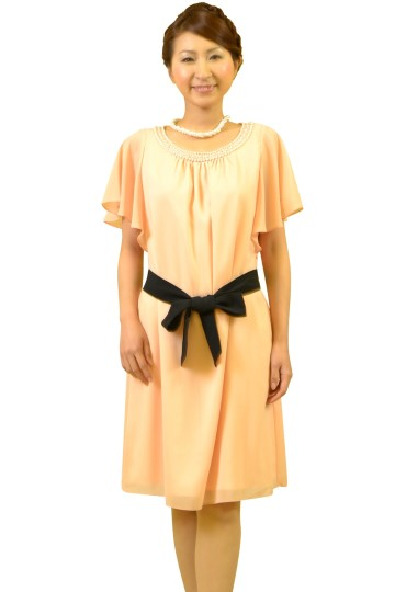 ピーチカラーガーリードレス
