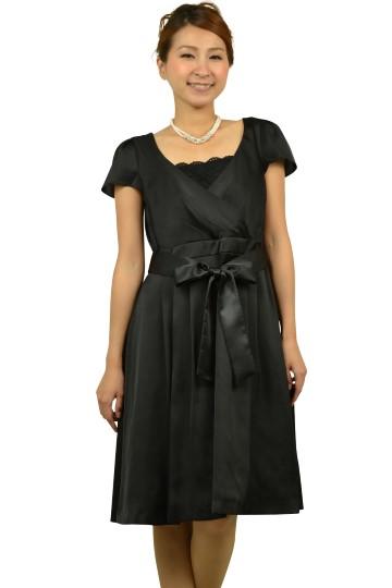 ミニ袖シンプルブラックドレス