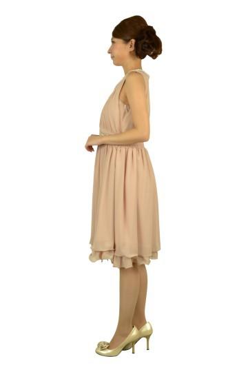 ビジュ付きピンクドレス