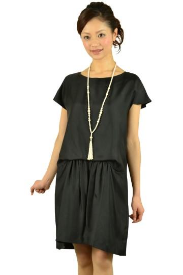 ゆったりブラックドレス
