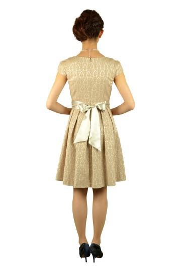 ベージュジャガードドレス