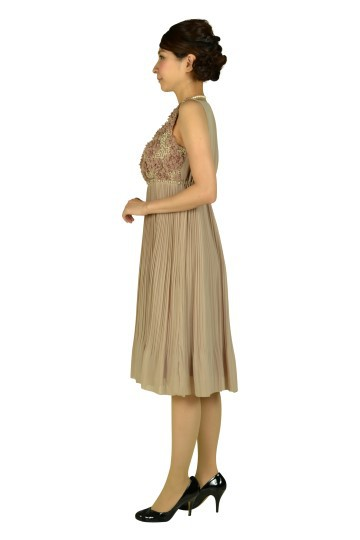 フラワープリーツモカドレス