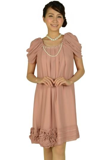 ふんわり袖ピンクドレス