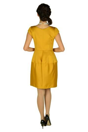 ミニ袖付きマスタードドレス