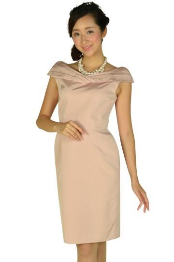 オフショルダーピンクドレス