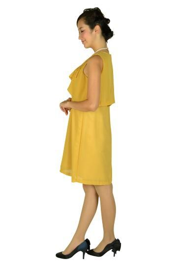 ノースリーブイエローカラードレス