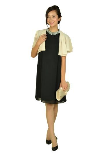 ネックビジュブラックドレス