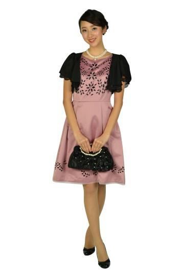 フラワーカット品ありピンクドレス