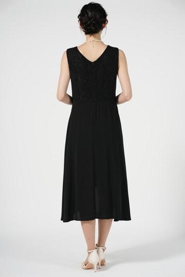 イレギュラーヘムブラックドレス