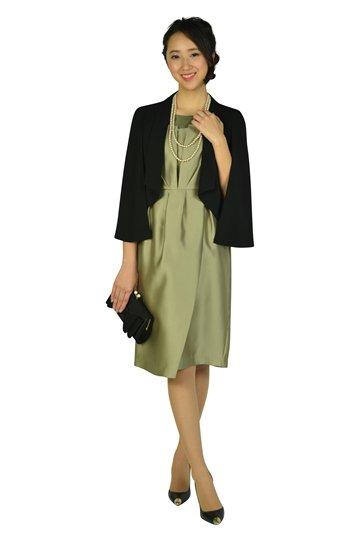 スタイリッシュカーキドレス
