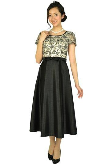 ブラック×フラワーミディ丈ベージュドレス