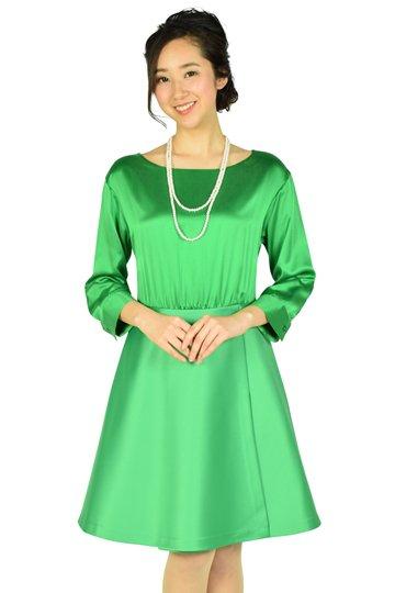 袖あり光沢グリーンドレス
