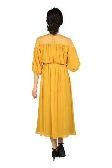肩レースギャザーマスタードドレス