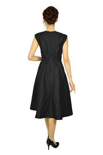 リーフモチーフネイビードレス