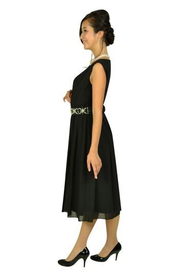 ベルト付ブラックミディドレス