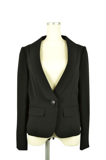 長袖ブラックジャケット