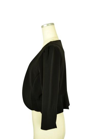 シンプル7分袖ブラックジャケット