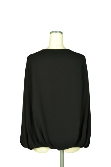 ケープ袖ブラックジャケット